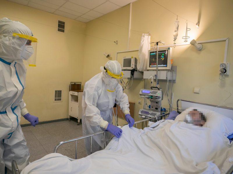 Praėjusią parą nuo COVID-19 mirė 70–89 metų žmonės