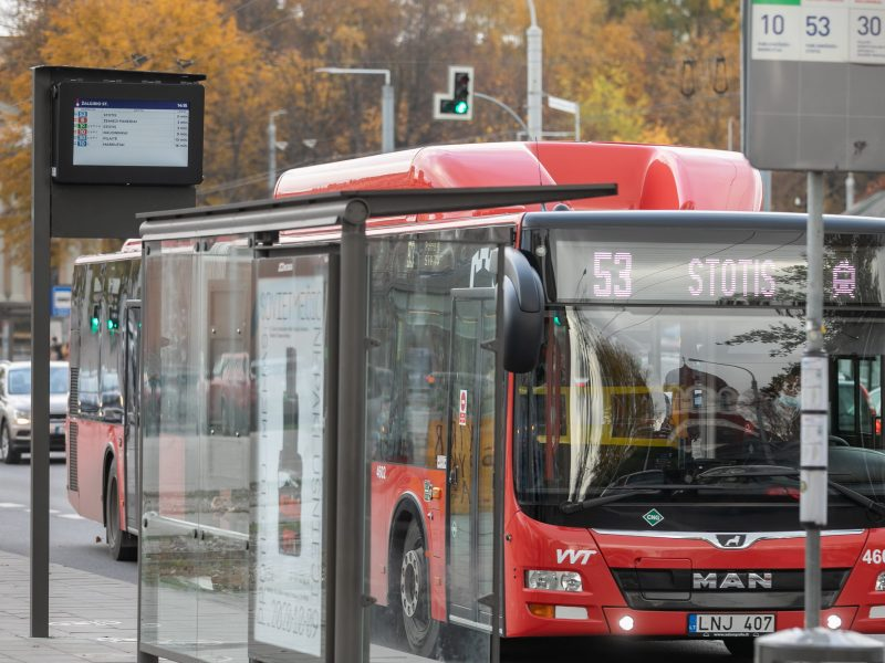 Skelbiami nauji viešojo transporto tvarkaraščiai: kaip keičiasi vilniečių judėjimas?