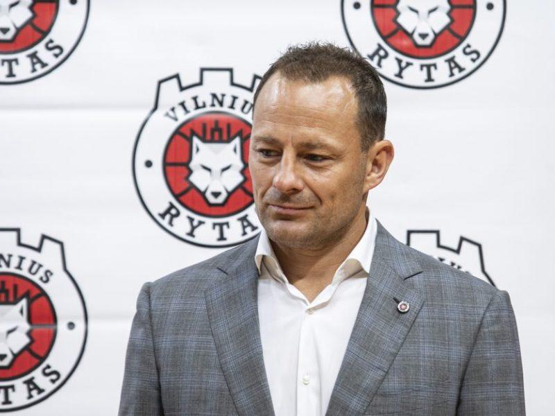 """R. Jarutis nebedirbs Vilniaus  """"Ryto"""" klube, trenerių štabui – naujos pareigos"""