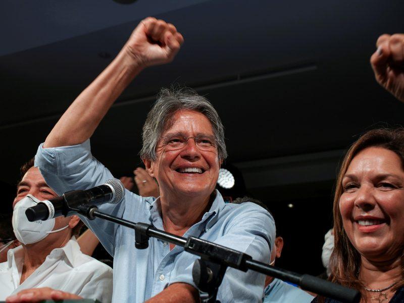 Buvęs bankininkas G. Lasso laimėjo Ekvadoro prezidento rinkimus