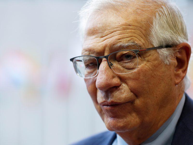 """J. Borrellis: ES atnaujins """"buvimą"""" Kabule, jei leis saugumo sąlygos"""