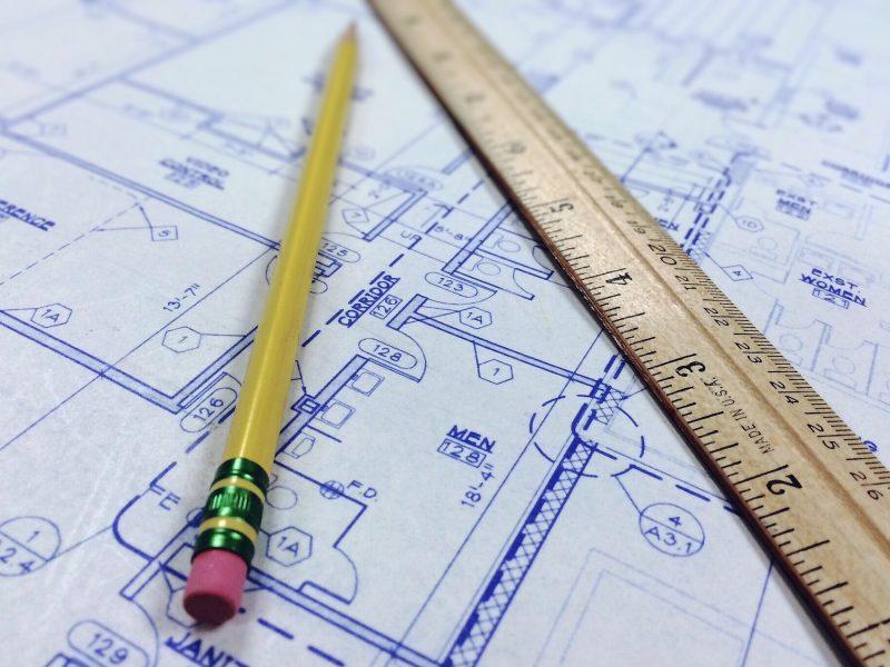 Prieš teismą stos asmenys, rengę statybos projektus prisidengiant kitų architektų vardais
