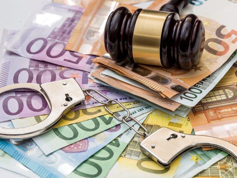 Buvusiam Naujojo Daugėliškio seniūnui už korupciją – 20 tūkst. eurų bauda
