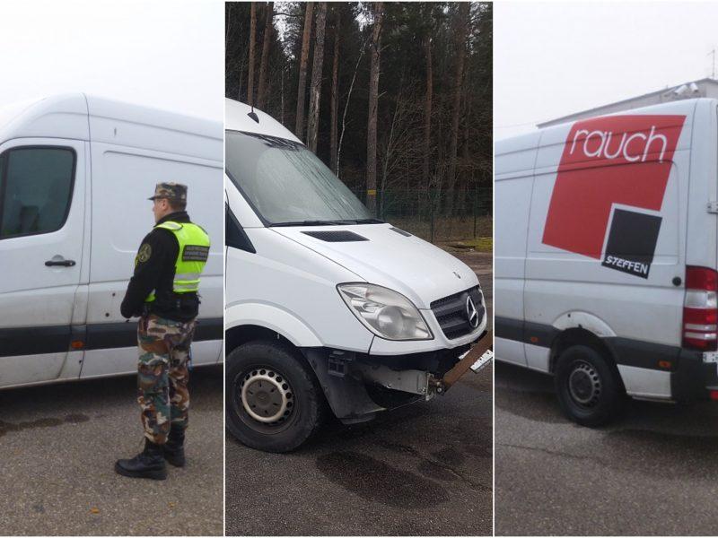 """Pasienyje su Lenkija sulaikyti dar du vogti """"Mercedes-Benz"""""""