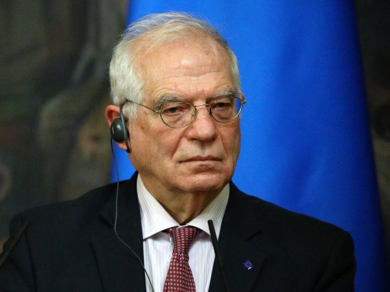 Po kritikos bangos J. Borrellis griežtina toną: Rusija gali sulaukti sankcijų