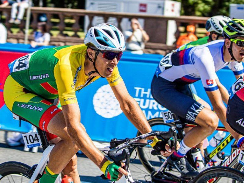 Dvejų olimpinių žaidynių dalyvis R. Navardauskas baigė sportininko karjerą