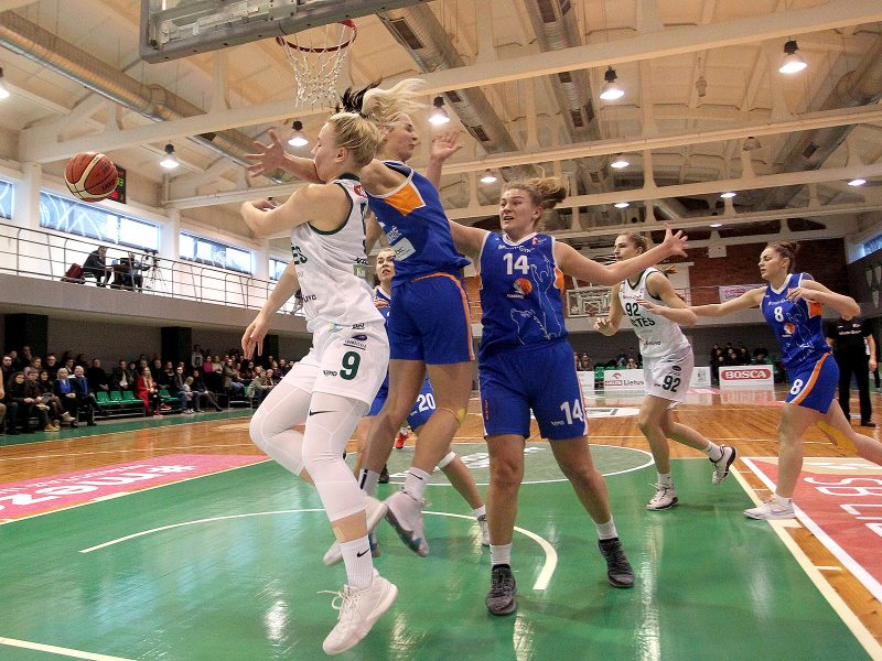 """Baltijos moterų krepšinio lygoje – lengva """"Aisčių-LSMU"""" pergalė"""