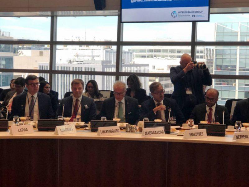Finansų ministrai Vašingtone diskutavo apie kovą su klimato kaita