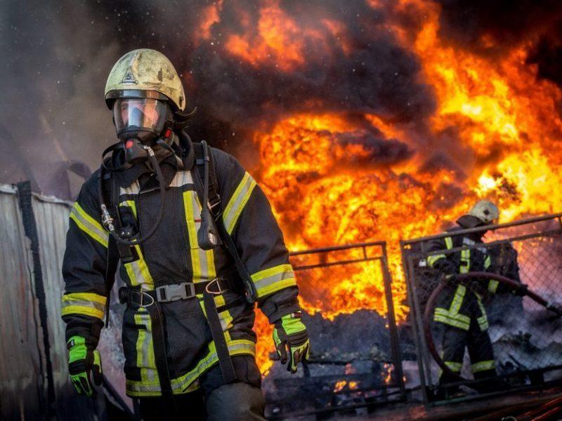 Kraupi drama Padvariuose: padegęs namus, nukentėjo gaisro kaltininkas