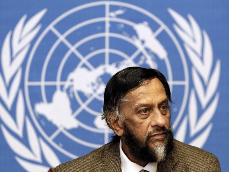 Mirė buvęs Nobelio premiją pelniusios JT klimato komisijos vadovas R. Pachauri