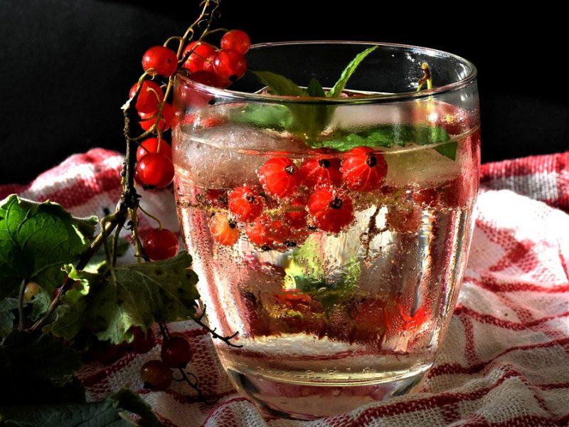 Kokie organizmo simptomai rodo, jog padauginote vandens?