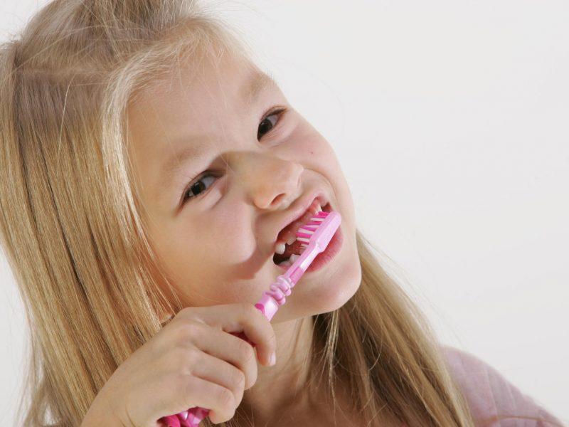Lietuvos paaugliai – tarp prasčiausiai besirūpinančių burnos higiena Europoje