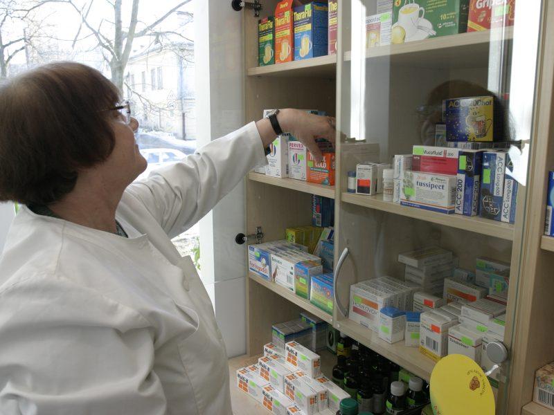 Seime – diskusijų dėl valstybinių vaistinių tęsinys