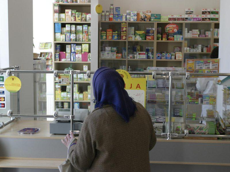 Pataisos dėl valstybinių vaistinių vėl nepriimtos