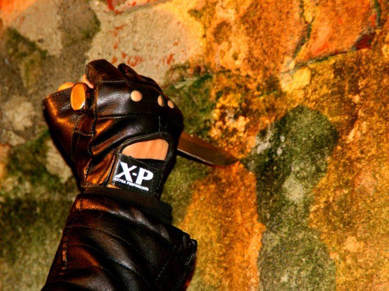 Konfliktas prie baro Klaipėdoje baigėsi peilio dūriais