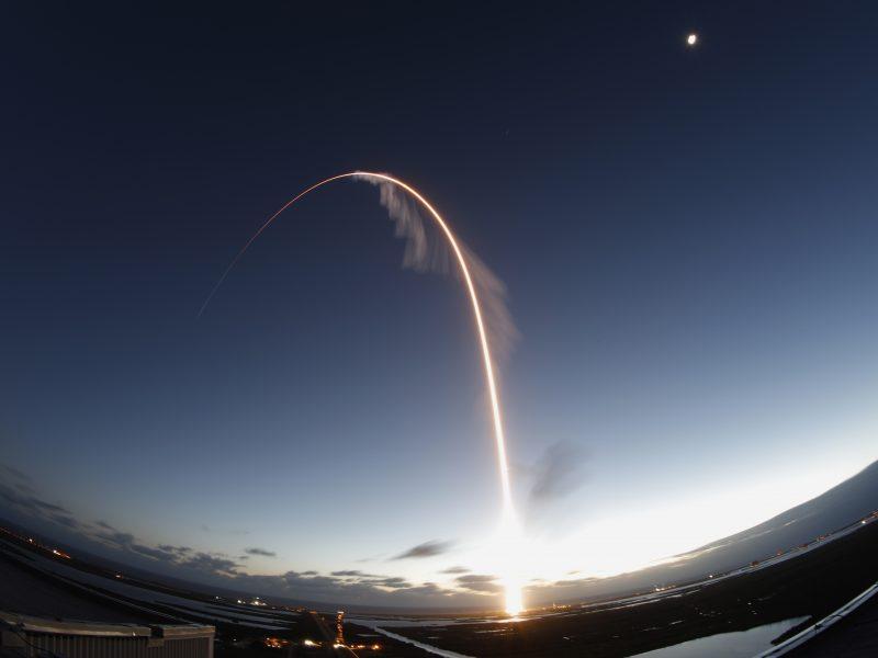 """Dėl sutrikimo skrydžio metu erdvėlaivis """"Starliner"""" grąžinamas į Žemę pirma laiko"""