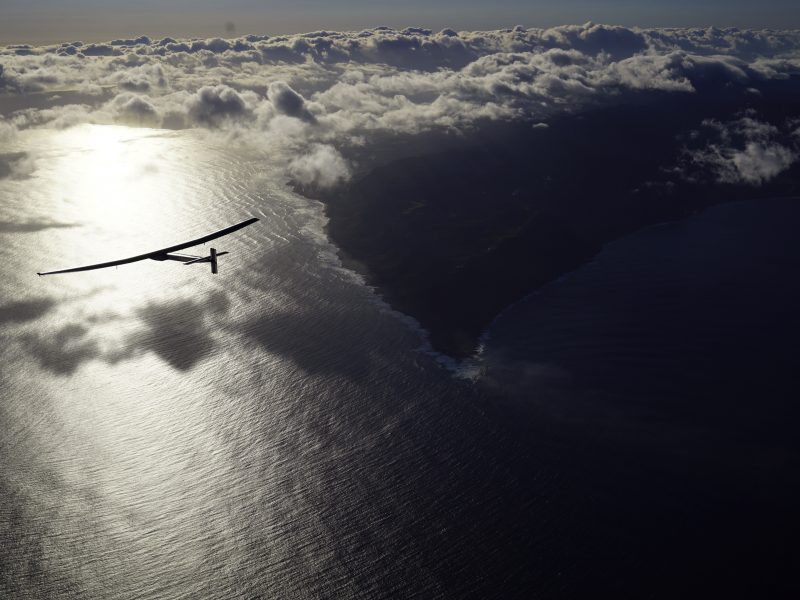 Prie San Fransisko lėktuvui nusileidus vandenyne išgelbėti du žmonės