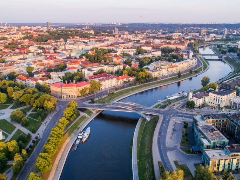Vilniuje ketinama statyti naują pėsčiųjų ir dviračių tiltą per Nerį