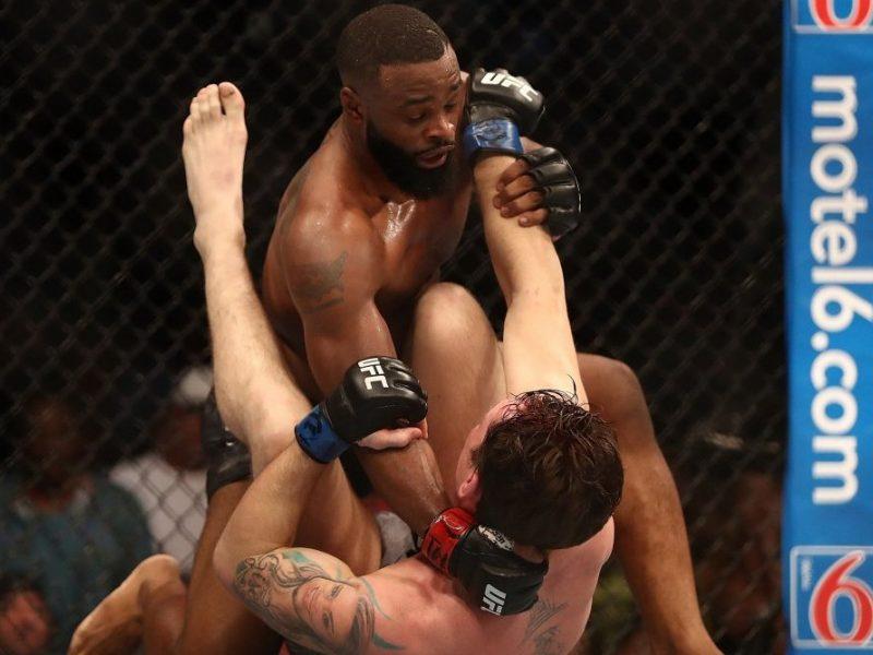 UFC čempiono titulą praradęs amerikietis bandys išlieti pyktį ant brazilo