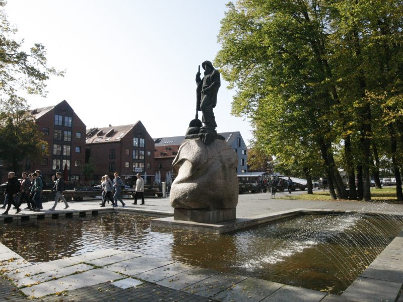 """""""Žvejo"""" skulptūros fontano atgimimui – 24,8 tūkst. eurų"""