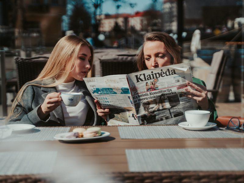 """Verta puoselėti draugystę: tęsiasi dienraščio """"Klaipėda"""" vasaros prenumeratos akcija"""