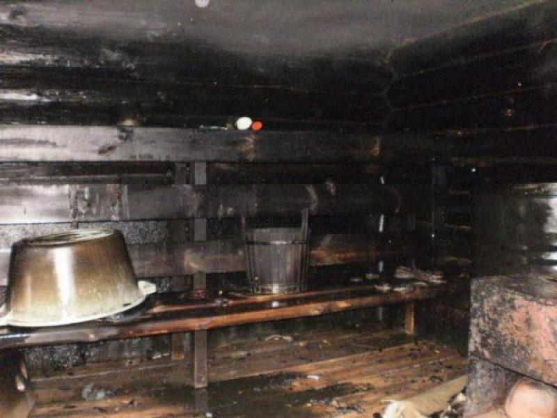 Šilutės rajone pranešta apie atvira liepsna degančią medinę pirtį