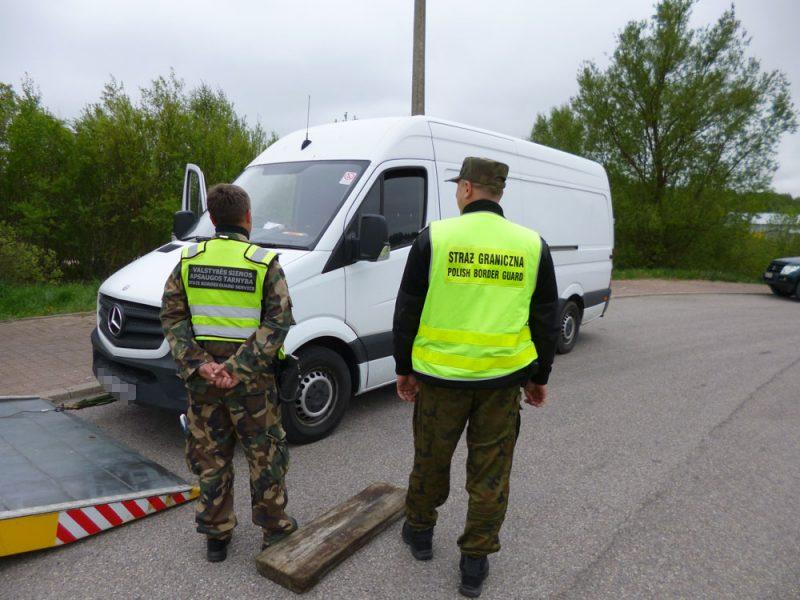 Tarptautinis patrulis sulaikė, įtariama, klastotę pateikusį ukmergiškį