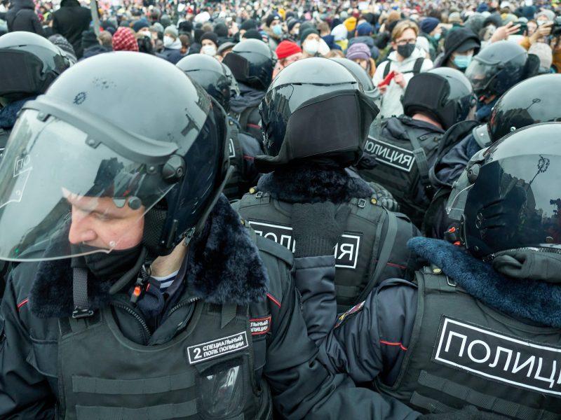 Rusija išreiškė protestą JAV ambasadai, kaltina IT bendroves dėl mitingų