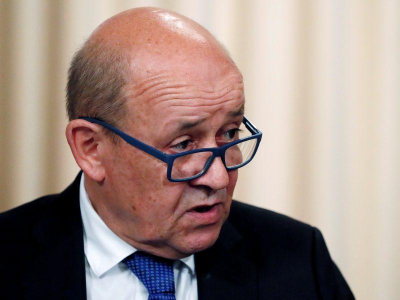 Prancūzija: atėjo laikas mažinti įtampą santykiuose su Rusija