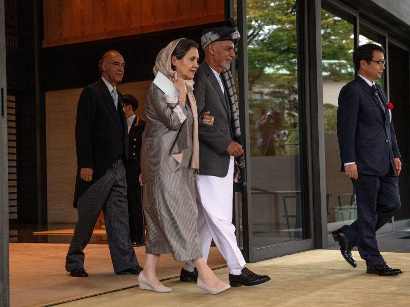 Du konkuruojantys Afganistano lyderiai rengia kiekvienas savo inauguraciją