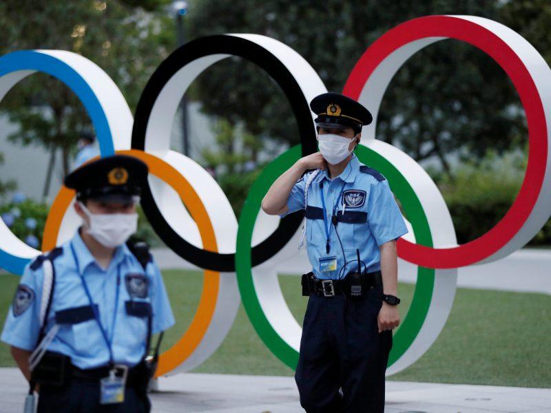 Atletai kovos dėl medalių, olimpiados organizatoriai – su virusu