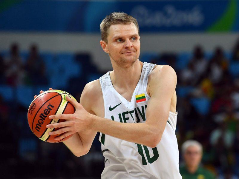 R. Seibutį pakirto nugaros problemos: kada krepšininkas grįš į rikiuotę?
