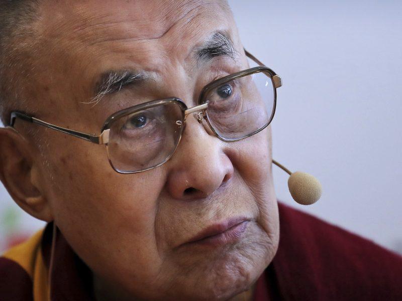 """Dalai Lama: D. Trumpui """"trūksta moralės principų"""""""