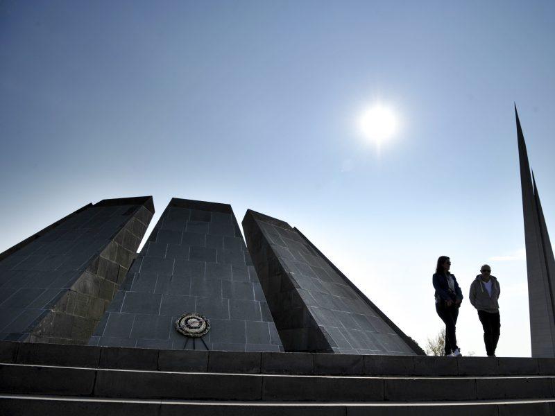 Azerbaidžanas pasmerkė JAV Atstovų Rūmų sprendimą pripažinti armėnų genocidą
