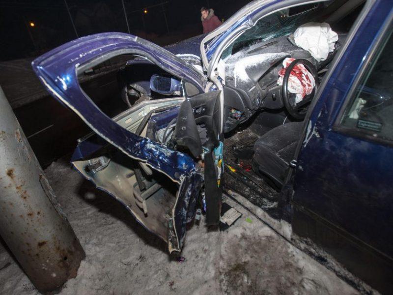 Savaitė šalies keliuose: žuvo vienas žmogus, sužeistųjų – penkiolika