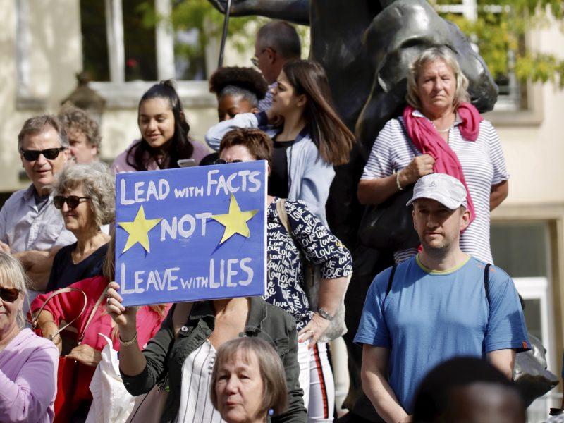 """Europos Sąjunga: D. Britanija vis dar nepateikė įgyvendinamo pasiūlymo dėl """"Brexit"""""""