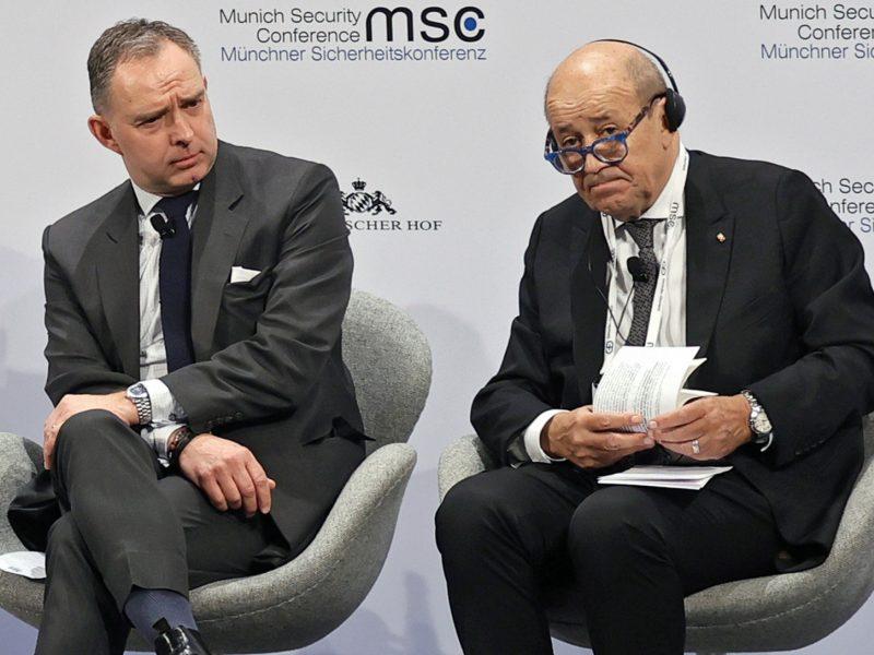 """Prancūzija perspėja JK dėl itin sunkių prekybos po """"Brexit"""" derybų"""
