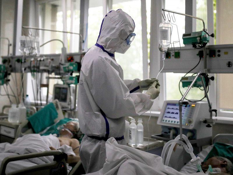Rusijoje per parą nustatyta 6,5 tūkst. naujų COVID-19 atvejų, 104 žmonės mirė