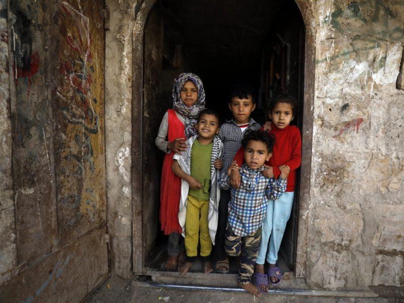 UNICEF: dėl pagalbos trūkumo Jemene milijonams vaikų gresia badas