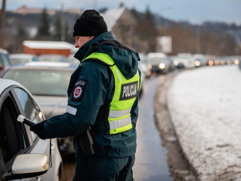 Reidai Kaune ir apylinkėse: įkliuvo visiškai girtas dviratininkas ir narkotikų vartojęs vairuotojas