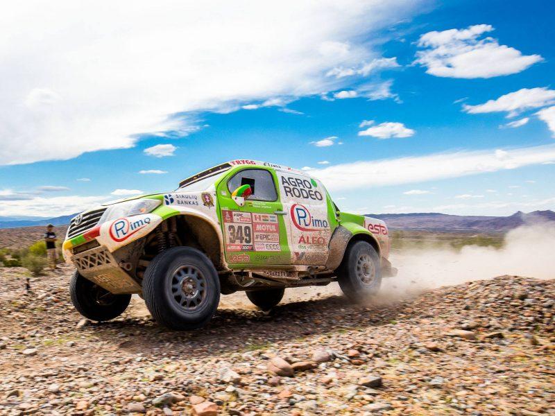 Tryliktasis Dakaro etapas: V. Žala – 9-as, A. Juknevičius ir B. Vanagas dvidešimtuke