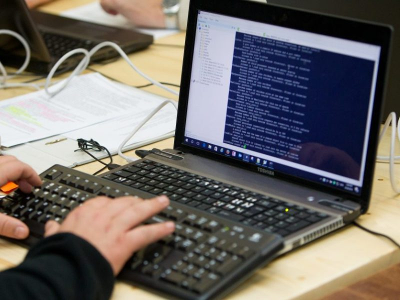 Alytuje įsilaužta į bendrovės kompiuterius, dingo per 15 tūkst. eurų
