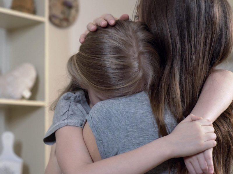 Tėvus persmelkė baimė: iš sustojusio automobilio – nepažįstamojo pasiūlymas paauglei