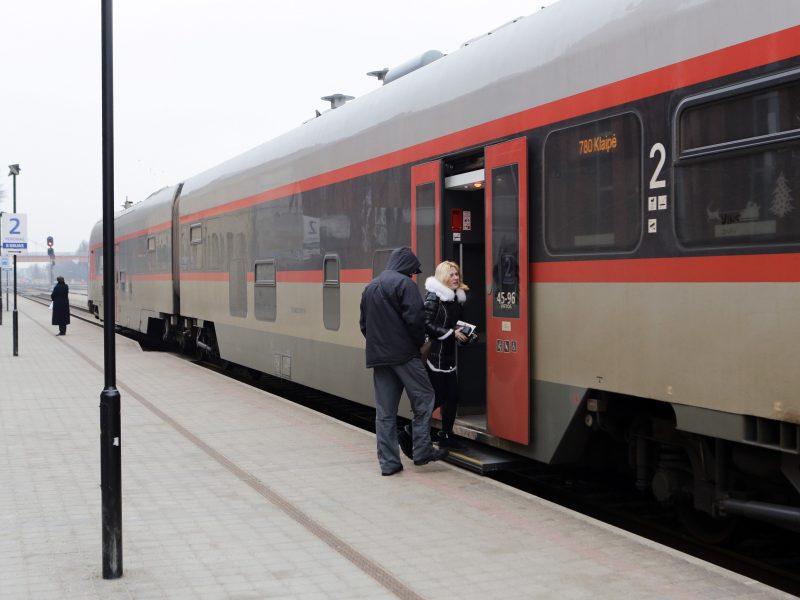Nuo sekmadienio – pasikeitę traukinių tvarkaraščiai