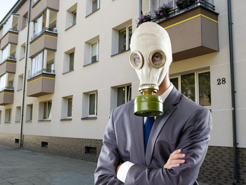 Klaipėdiečiai šaukiasi pagalbos: miestas skendi smarvėje