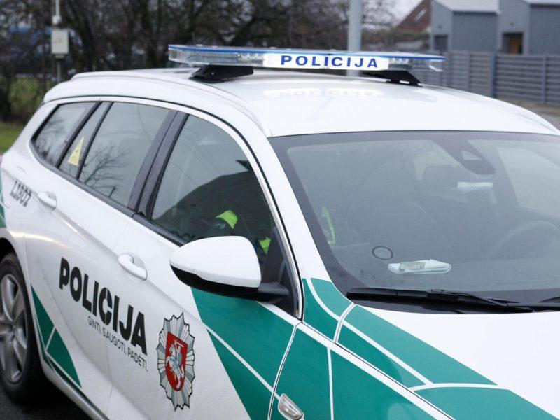 Plungės tvenkinyje rastas jauno vyro kūnas su kraujosruvomis veide