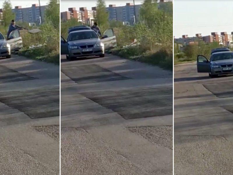 Po masinių talkų – akibrokštas: iš BMW bagažinės skriejo šiukšlės