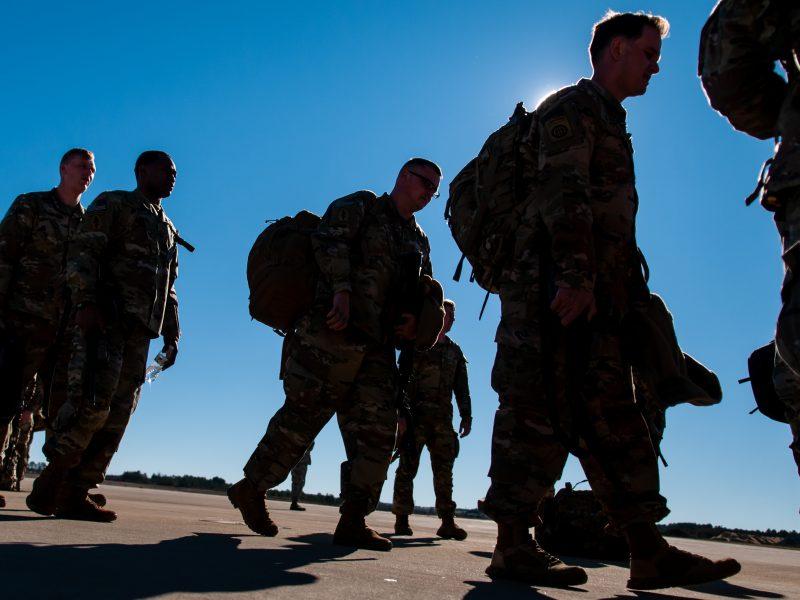 Estų kariniai instruktoriai perkelti iš Irako į Kuveitą