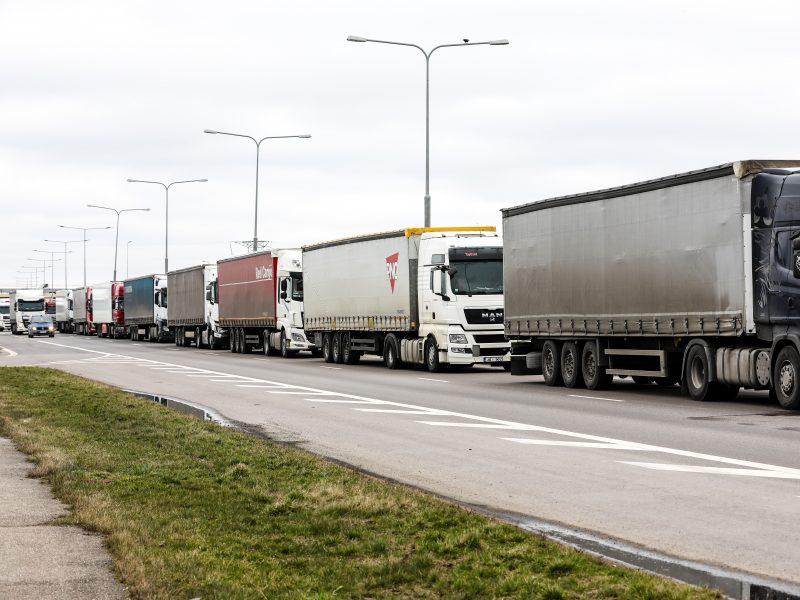 """Versli Lietuva"": Lietuvos eksportas šiemet gali smukti apie ketvirtadalį"
