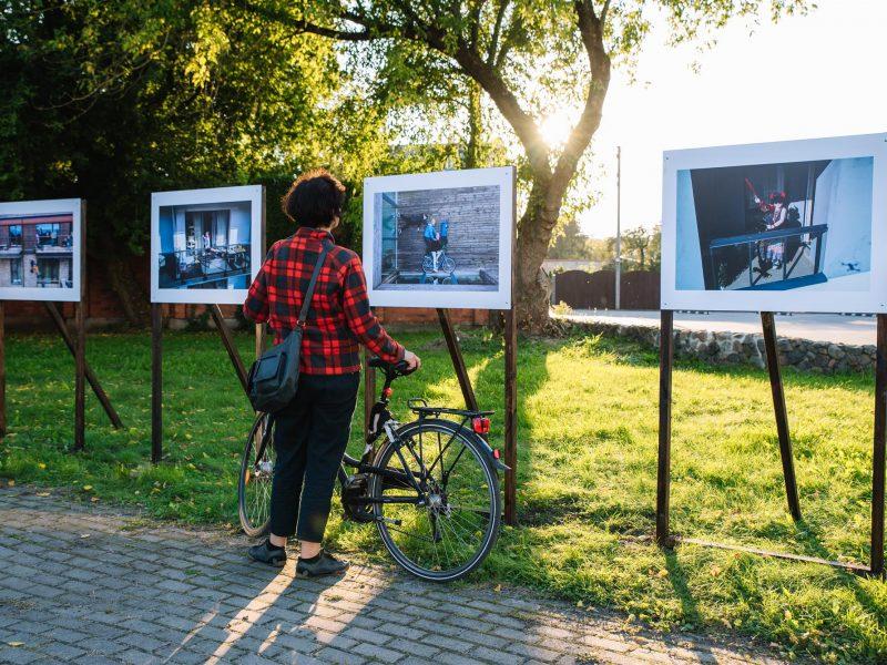 Kviečia į parodų turą su dviračiais ir paspirtukais
